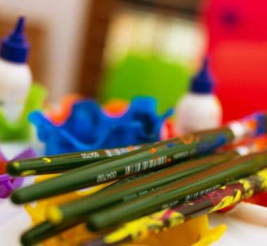 Arts-crafts-activity-preschool-little-red-hen