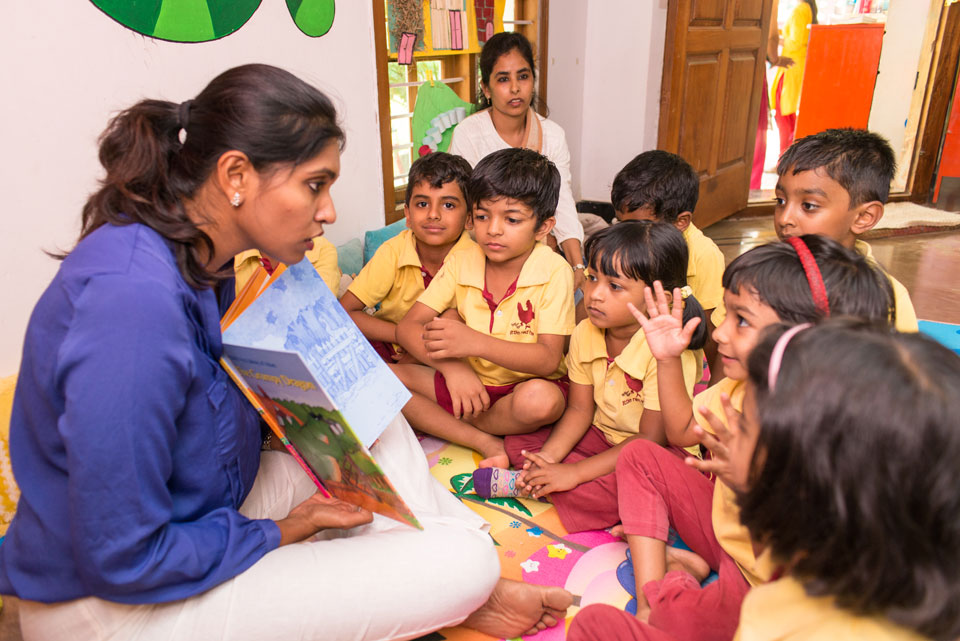 Benefits-of-Story-telling-Preschool-education-Little-Red-hen-Kothanur